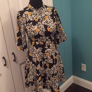 ADORABLE Zara bell sleeved floral dress!